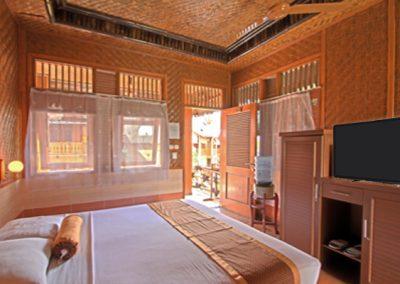 Sunda Room 4