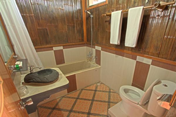 Sunda Room 5